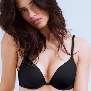 Victoria's Secret Push Up Plunge Black Bra 34C✨